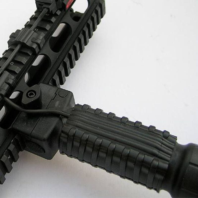 """Manta Vertical/Pistol Grip Sleeve 1.25"""" ID Wire Management Synthetic FDE M1081"""