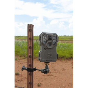 "GSM Outdoors HME T-Post Trail Cam Holder 1/4""x20 Threaded Mount Adjustable Pan Adjustment Black"