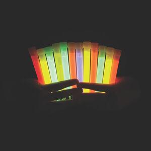 Coleman Ilumistick Glow Sticks 2 Pack