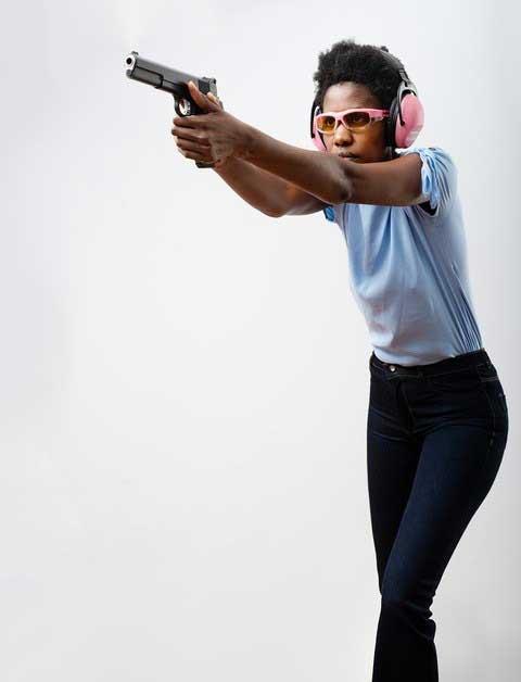 Power isosceles handgun shooting stance