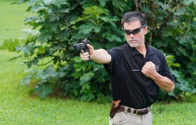 Power point handgun shooting stance