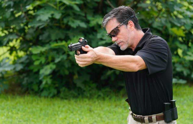 Chapman modification shooting stance